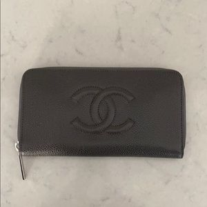 NEW WITH TAGS Chanel Charcoal Gray Wallet